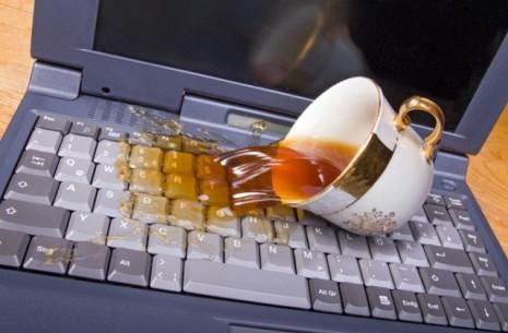 Спасаем залитый ноутбук - рекомендации и инструкция оказания первой помощи!